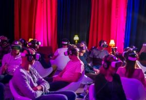 VR Kino 300x207 - VRrückte neue Welt
