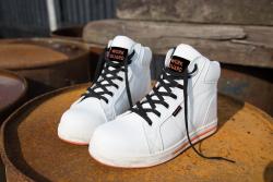 R343X blizzard1 - Schicke Schuhe